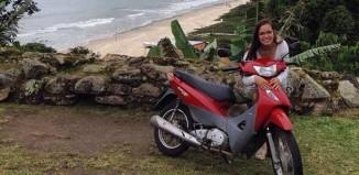 Rebeca Borel já viajou de Sorocaba (SP) e Florianópolis (SC) numa Honda Biz 125