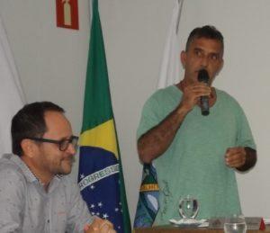 Silvio Elias fez uso da palavra a convite das famílias presentes à audiência